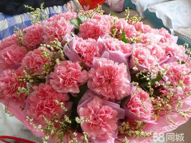 母亲节康乃馨等鲜花批发零售中